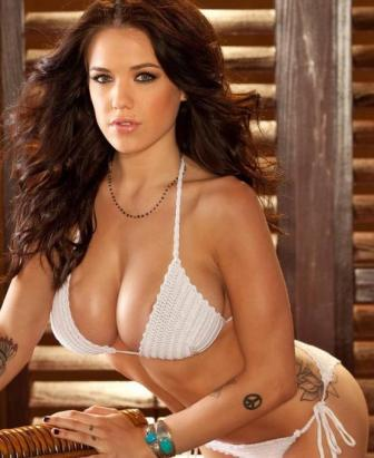 playboy cybergirl of the year nude model  tess taylor arlington strips off bikini